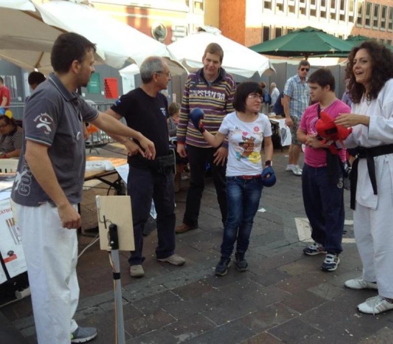 Festa del Cesvol a piazza della Repubbliuca
